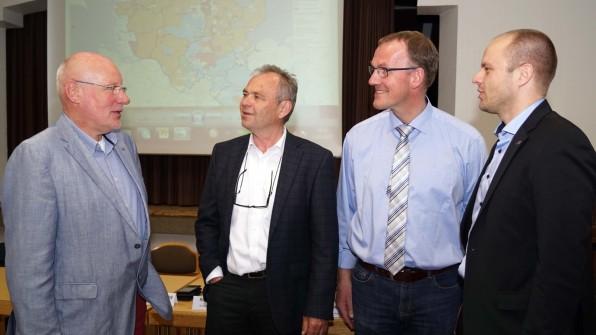Richard Krause, Franz-Peter Sprung, Thomas Detlefsen und Johannes Lüneberg vom Breitbandkompetenzzentrum
